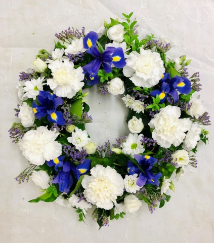 Classic Wreath - Blue and White Extra Large: Booker Flowers and Gifts