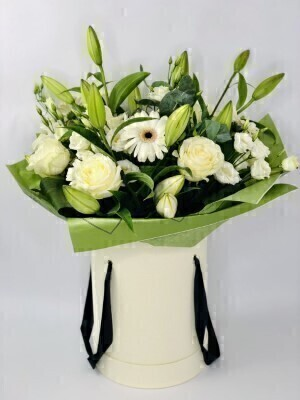 Luxury Wonderfully White Hatbox of Flowers: Booker Flowers and Gifts