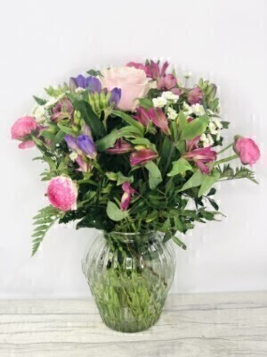 Pretty Pink and Purple Vase of Flowers: Booker Flowers and Gifts